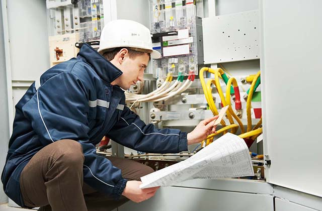 Some Do's and Don'ts When Hiring An Electrician / Electrical Contractor