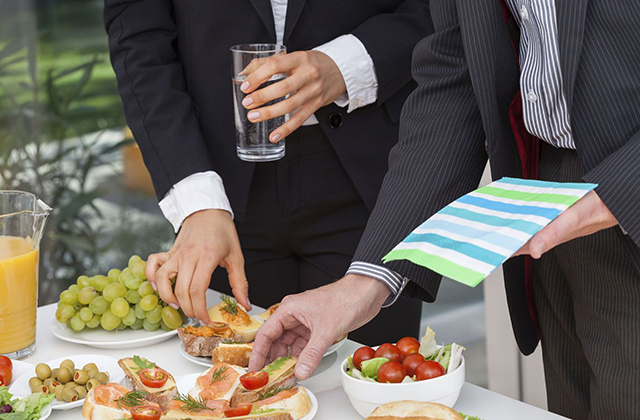 4 Steps to Planning the Best Corporate Catering NYC Style